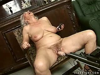 Old granny fuck tube